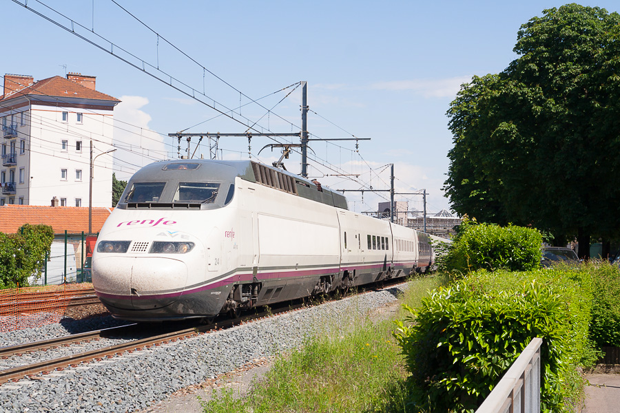 Le lancement du TGV Lyon-Barcelone retardé