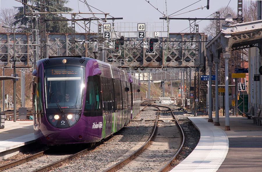 [Ouest Lyonnais] Les tram-trains sans contrôleurs ?