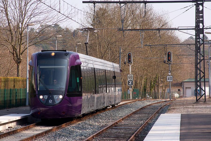 Possible grève pour le lancement du tram-train lundi 24