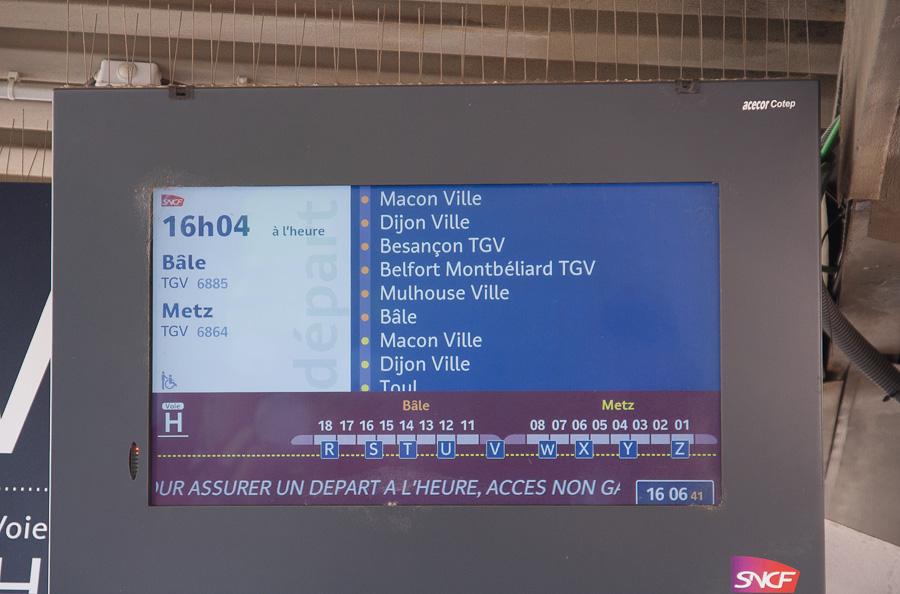 Le TGV 6885 ne s'arrête à Mulhouse, mais continue désormais jusqu'à la Suisse et Bâle
